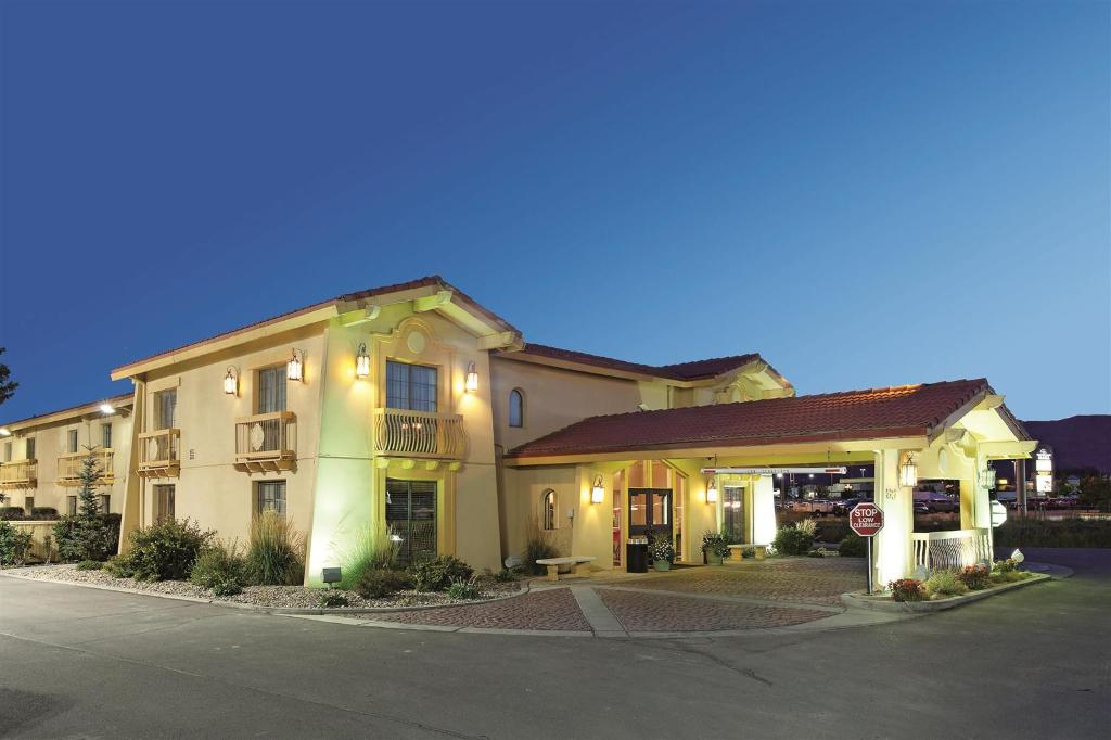 Baymont Inn & Suites Rock Springs