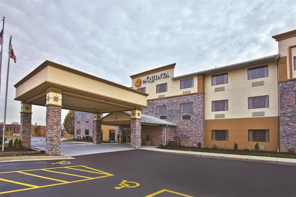 ‪La Quinta Inn & Suites Fairborn‬