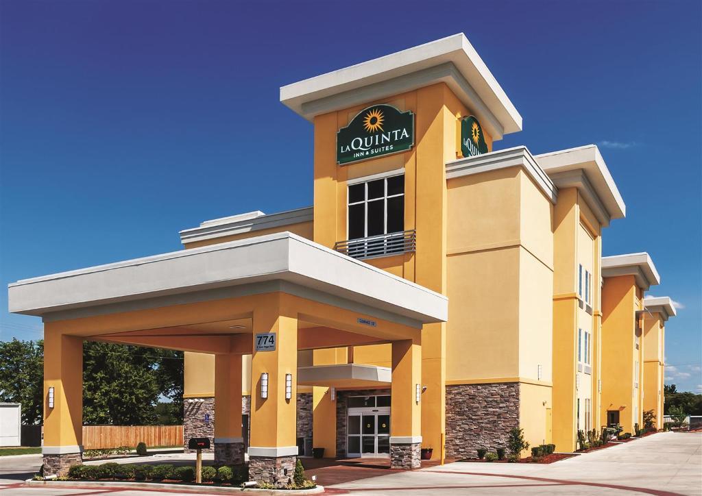 克萊爾莫爾拉金塔旅館暨套房飯店