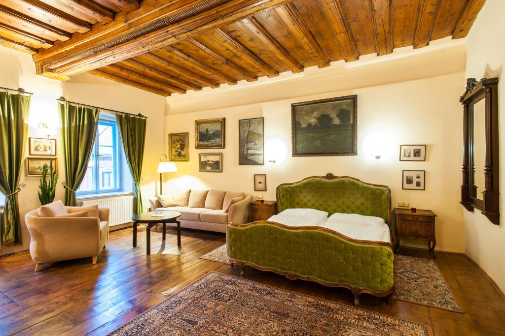 Hotel Leonardo II