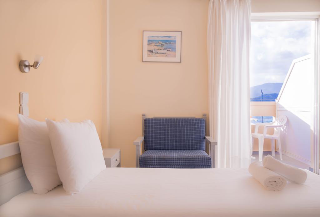 ガリニ ビーチ ホテル