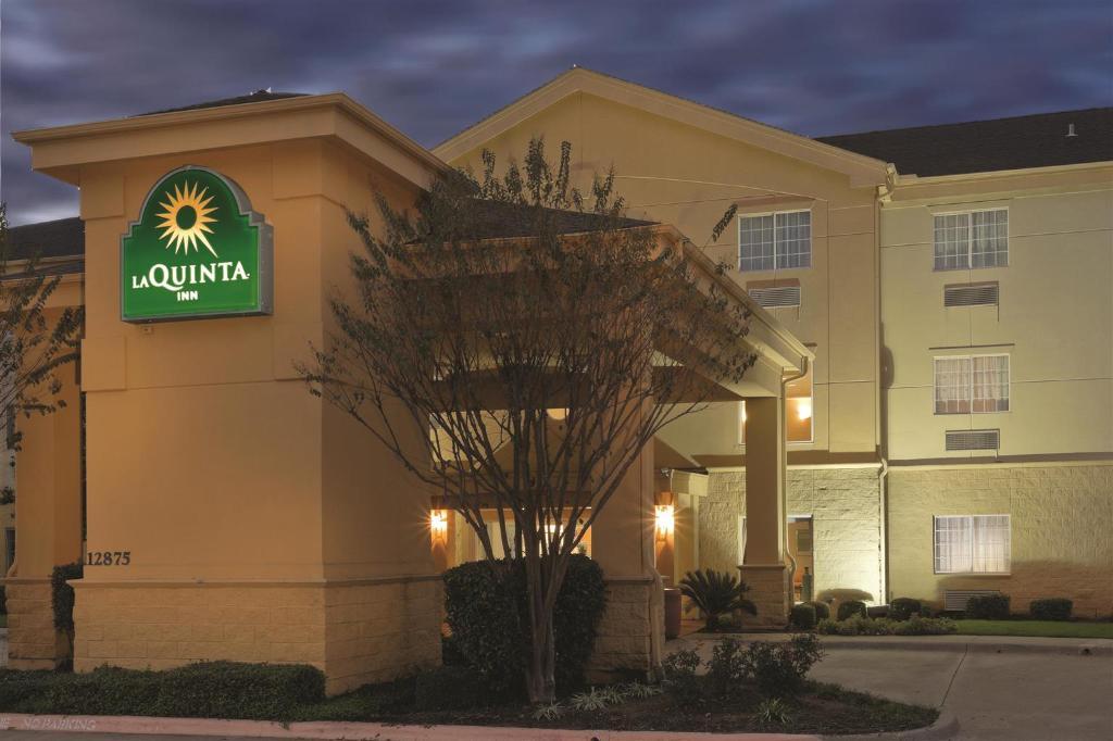 Hotel Balch Springs