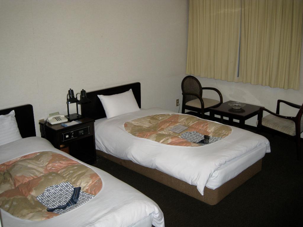 Komatsu Century Hotel