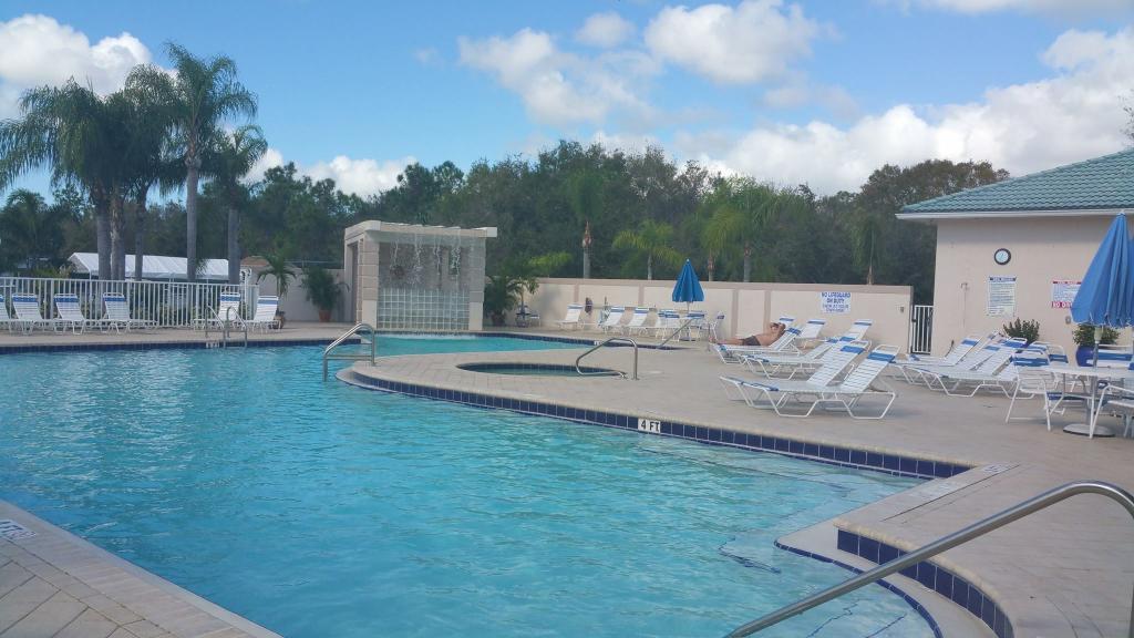 Silver Lake RV & Golf Resort