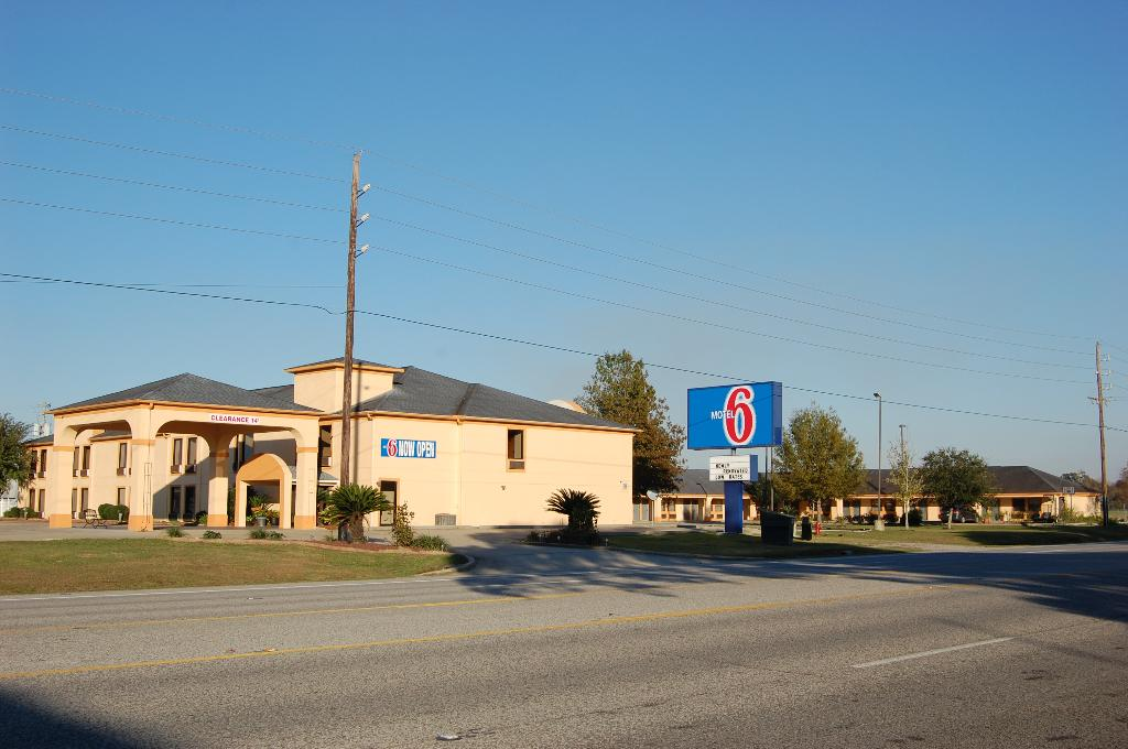 Motel 6 Abbeville