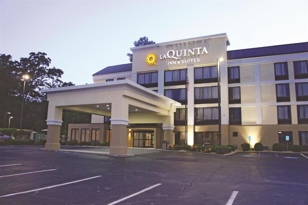 La Quinta Inn & Suites Jackson North