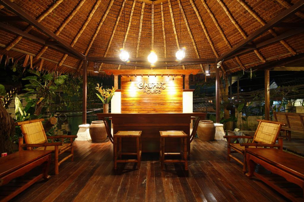 Chunut House