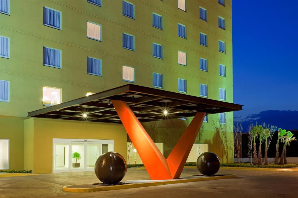 LQ Hotel by La Quinta San Luis Potosi