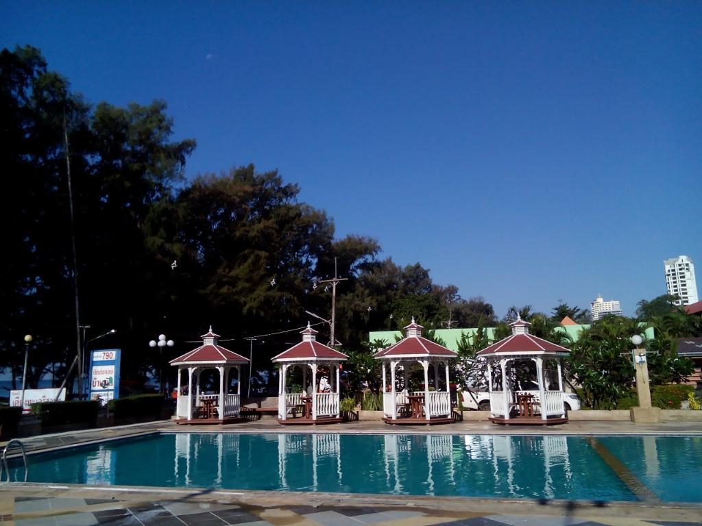 Kiang Talay Resort