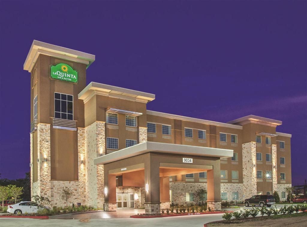 La Quinta Inn & Suites Houston NW Beltway 8/ West RD