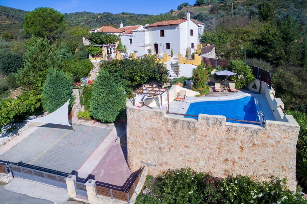 Villa Verekinthos