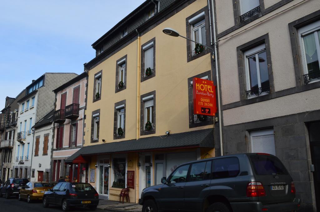 Hotel Bardon Perry