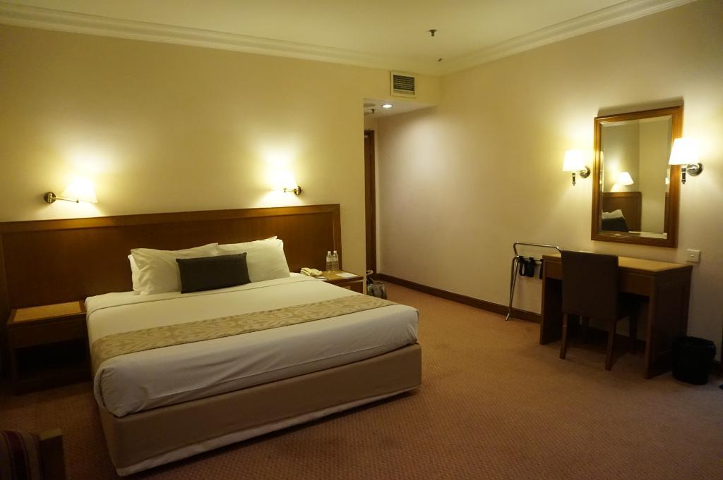 엠프레스 세팡 호텔