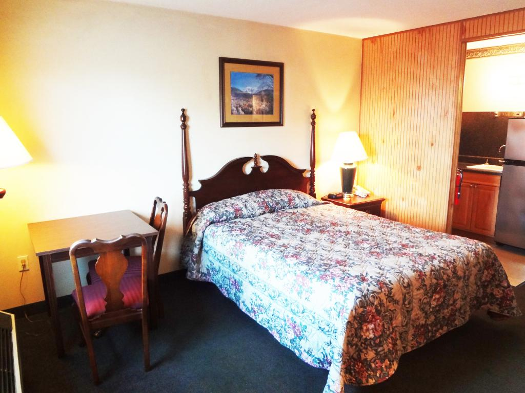 ‪Big Bear Extended Stay & Suites‬