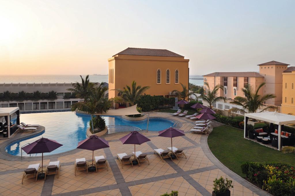 فندق موفنبيك شاطئ الجميرة