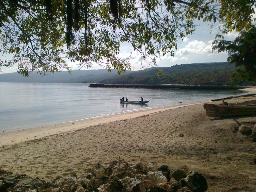 Com Beach Resort