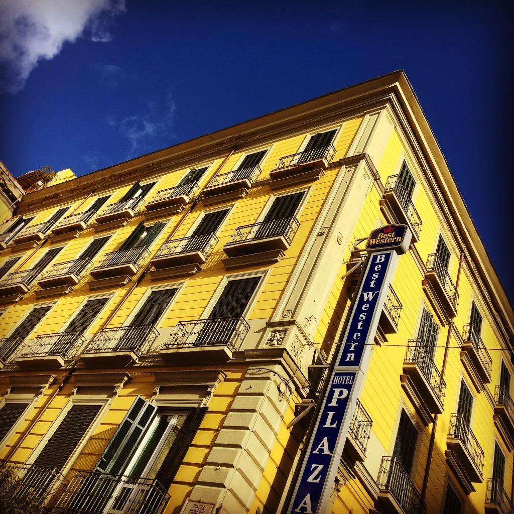 ベストウエスタン ホテル プラザ ナポリ