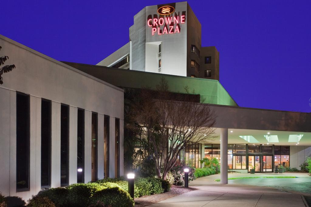 クラウンプラザ バージニア ビーチ タウン センター
