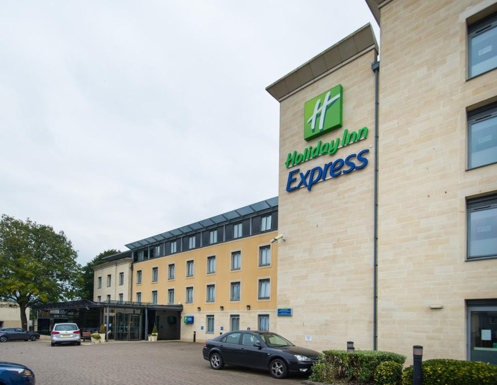 ‪Holiday Inn Express Bath‬