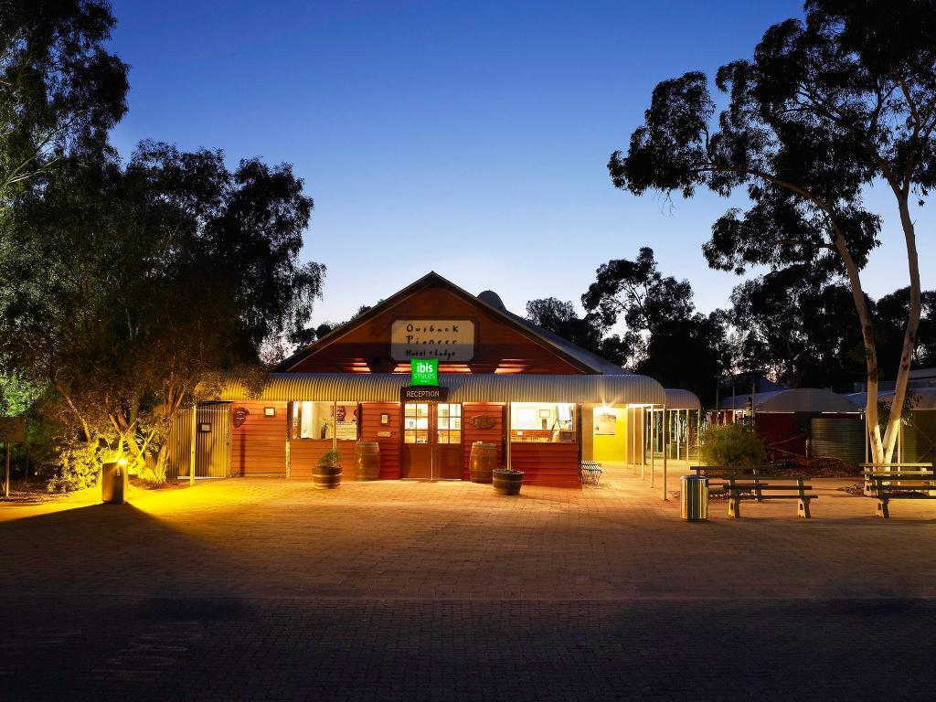 Outback Pioneer Hotel & Lodge, Ayers Rock Resort