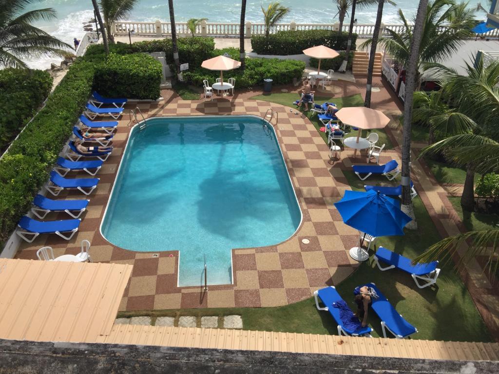 Dover Beach Hotel