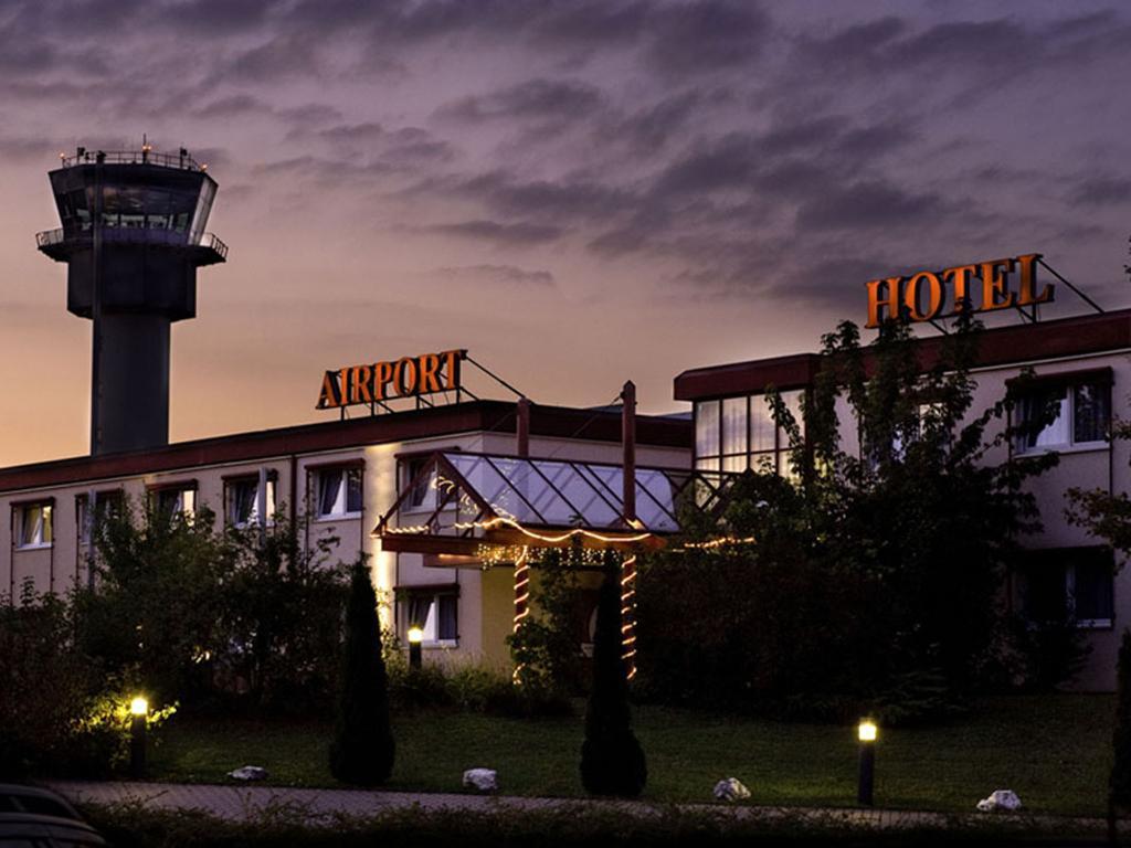 艾爾福特機場飯店