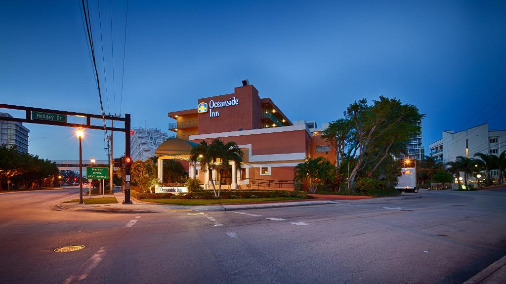 ‪BEST WESTERN PLUS Oceanside Inn‬