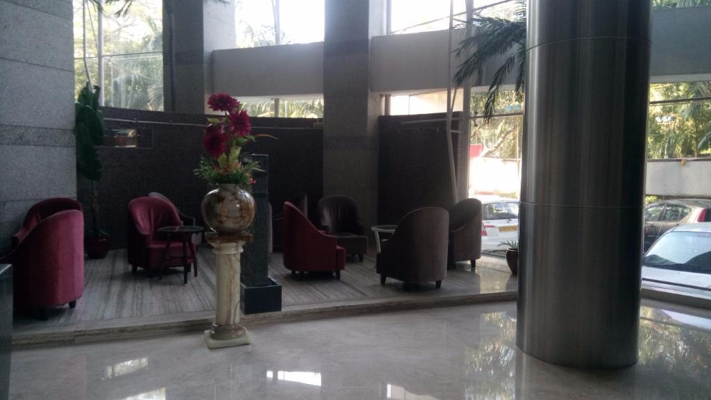 Hotel Satkar Residency