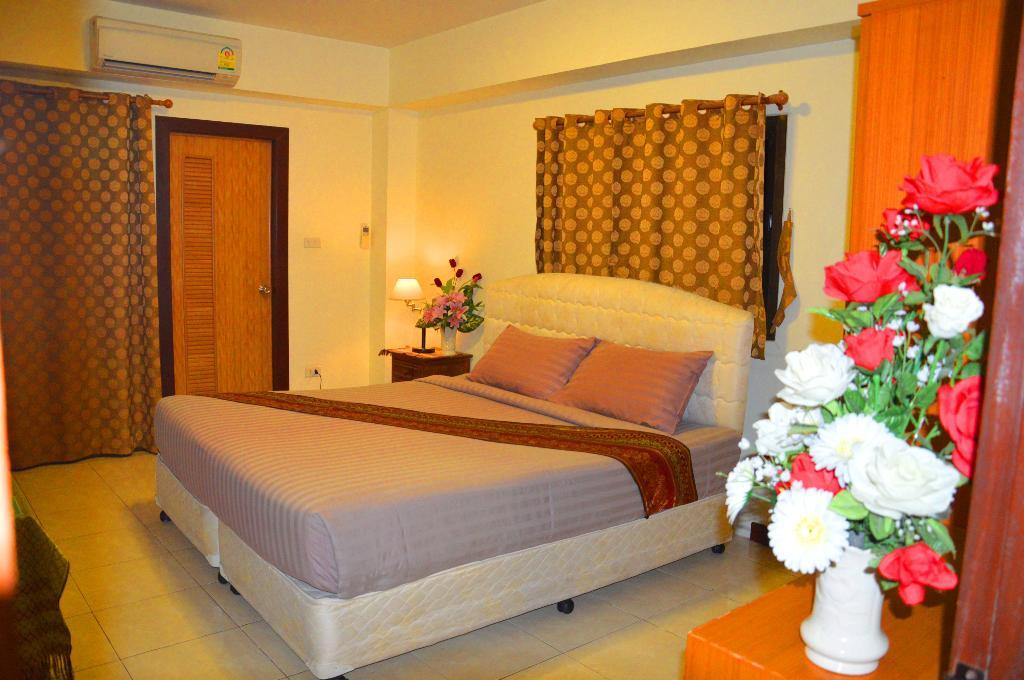 Silver Gold Garden Suvarnabhumi Airport Hotel