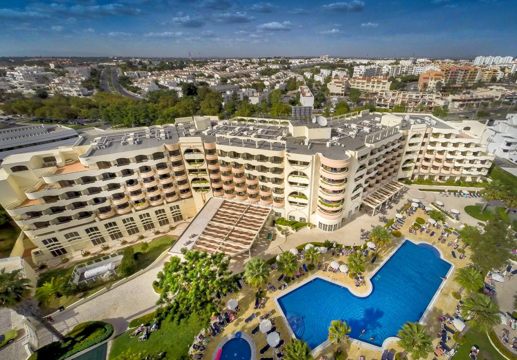 奧拉戈阿維拉嘉樂塞羅酒店