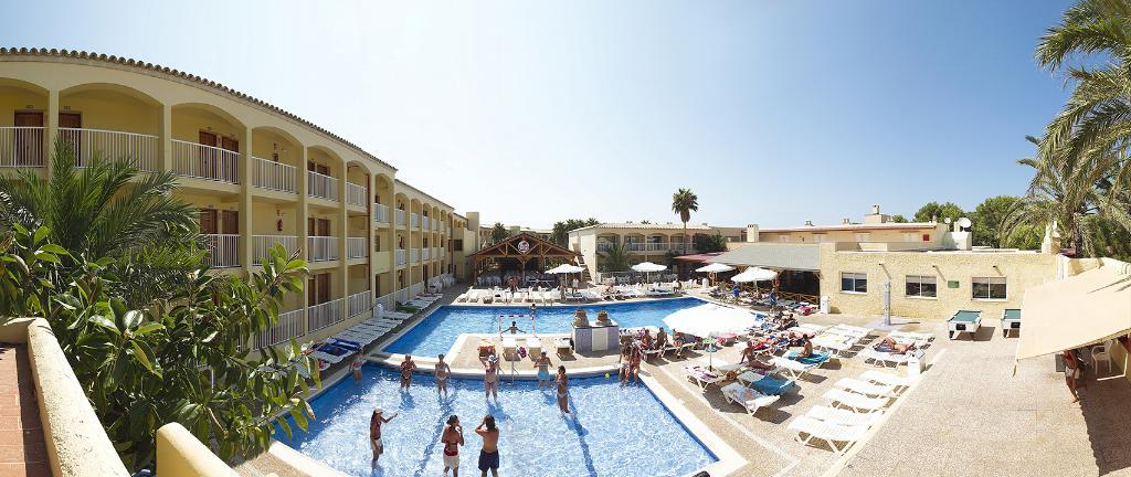 Hotel Club Cala Tarida