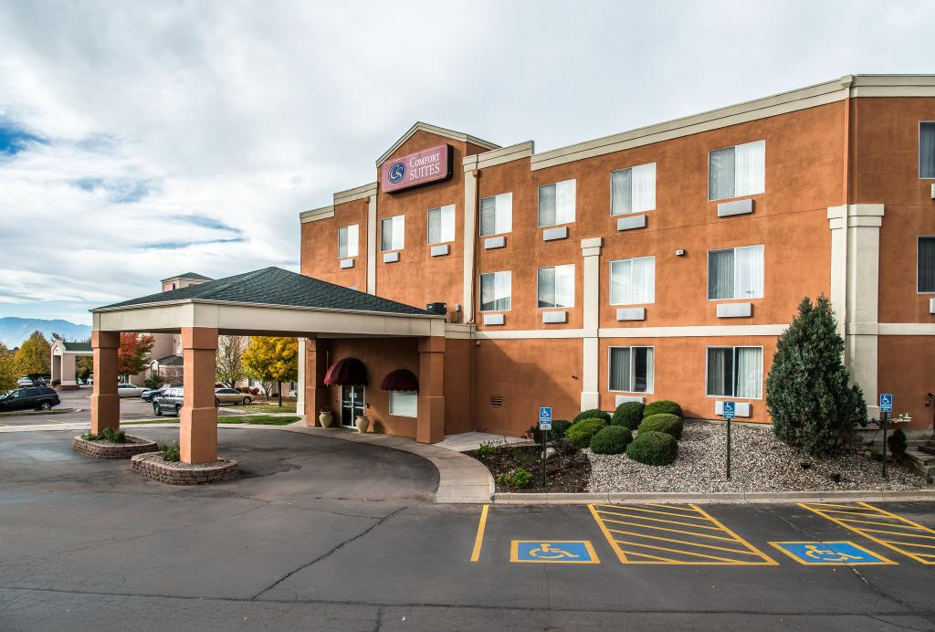 ‪Comfort Suites Colorado Springs‬