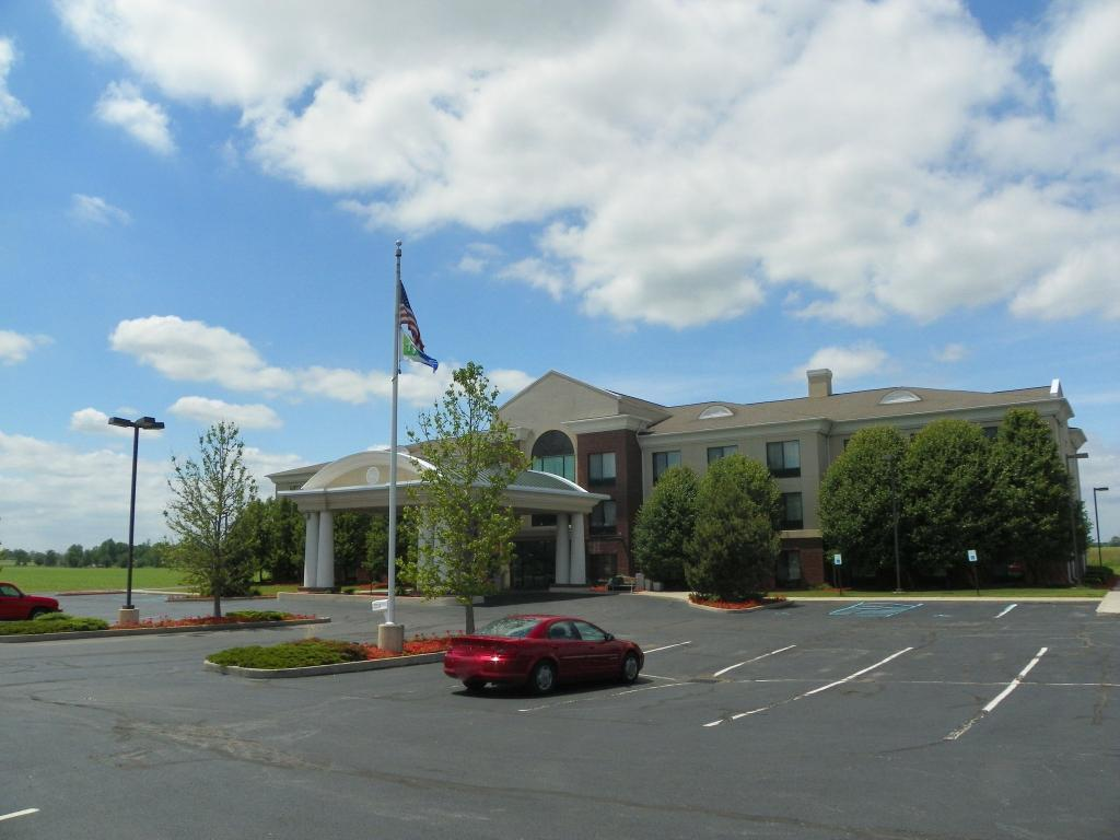 Holiday Inn Express Hotel & Suites Bryan-Montpelier