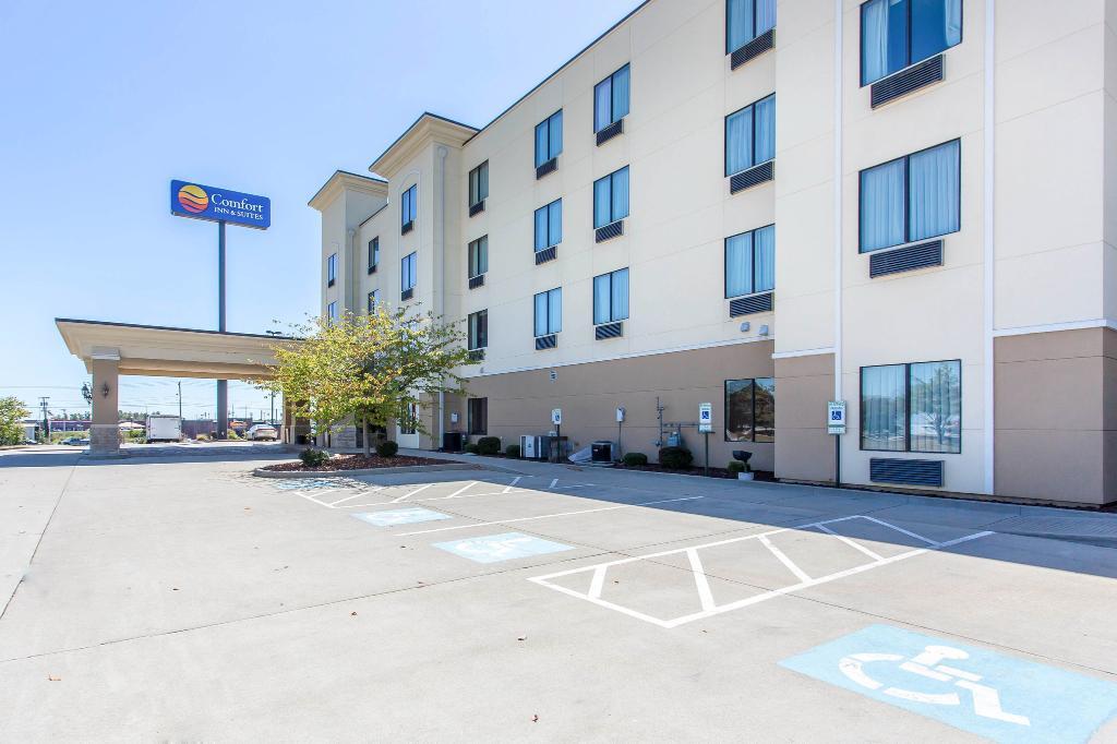 Comfort Inn & Suites Madisonville