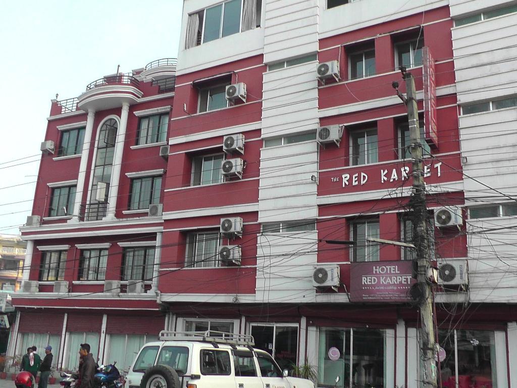 Red Karpet Hotel