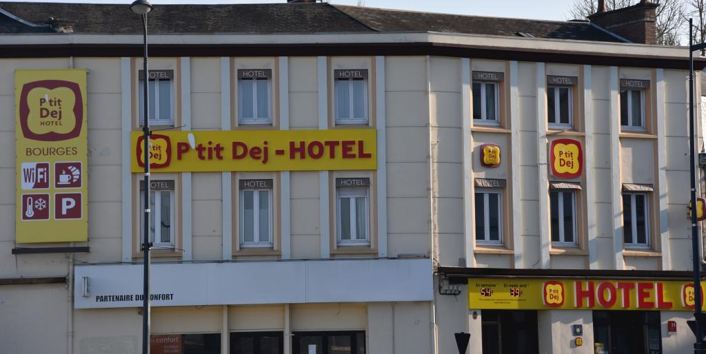 P'tit Dej Hotel Arcane