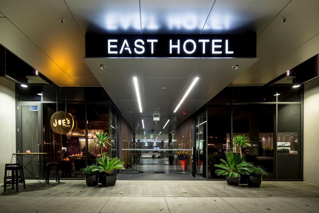 イースト ホテル