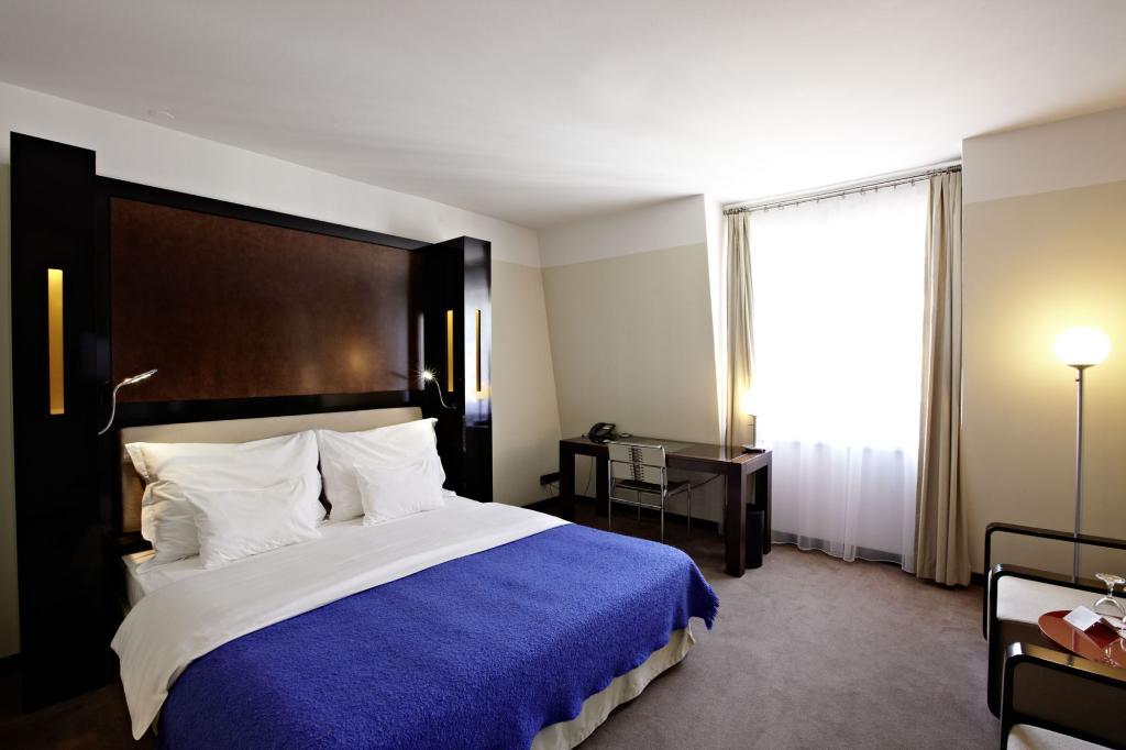 막시밀리안 호텔