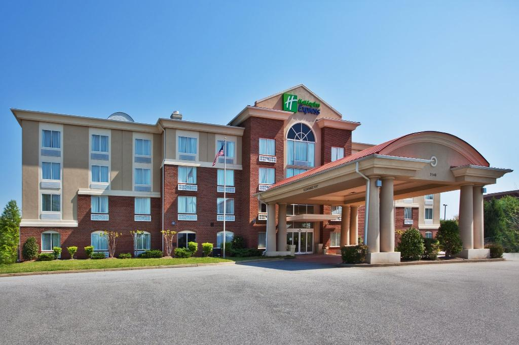 ‪Holiday Inn Express Hotel and Suites - John's Creek‬