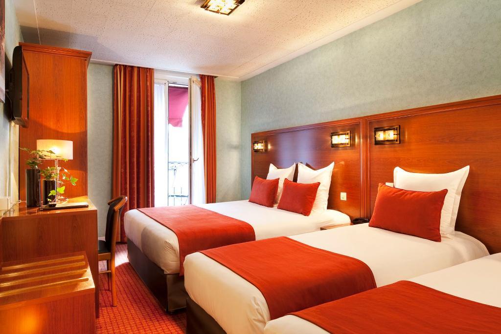 忒耳彌努斯里昂酒店