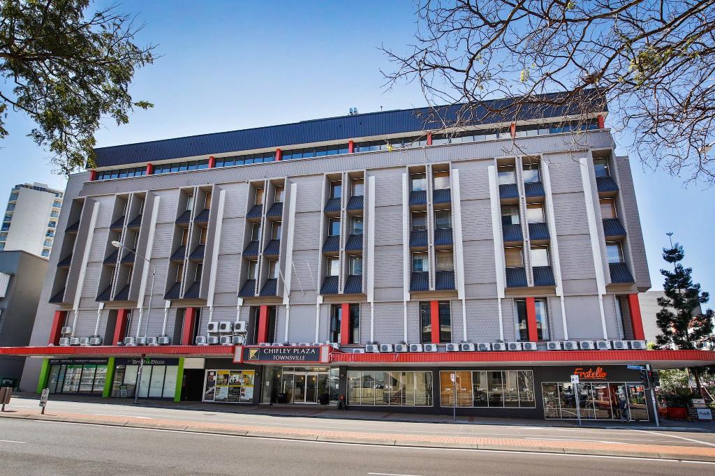 湯斯維爾奇夫利廣場飯店