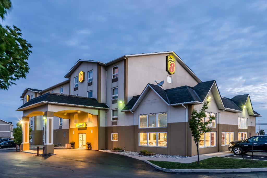 スーパー 8 モーテル - グリムズビー オンタリオ
