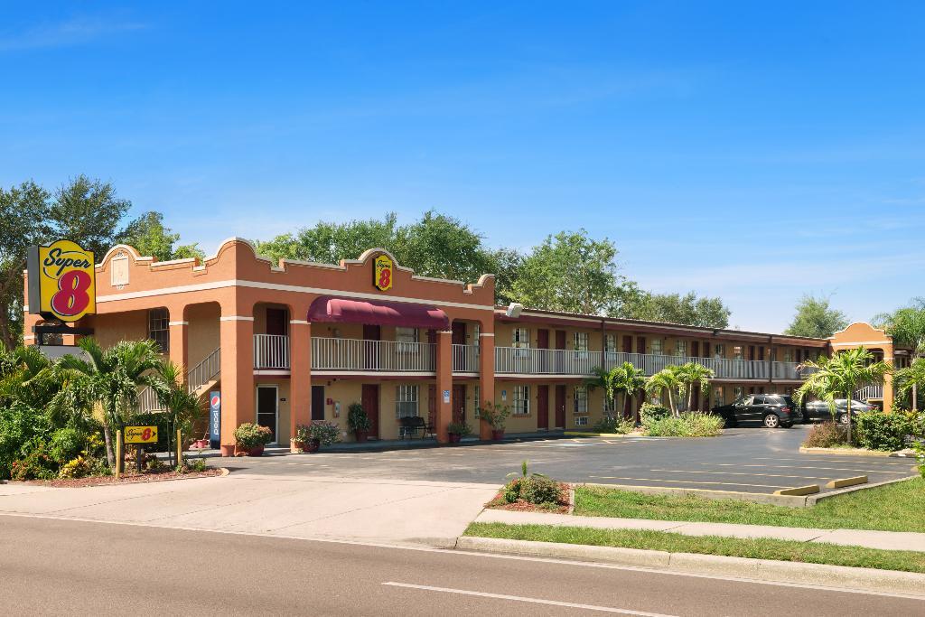 Super 8 Bradenton-Sarasota Area
