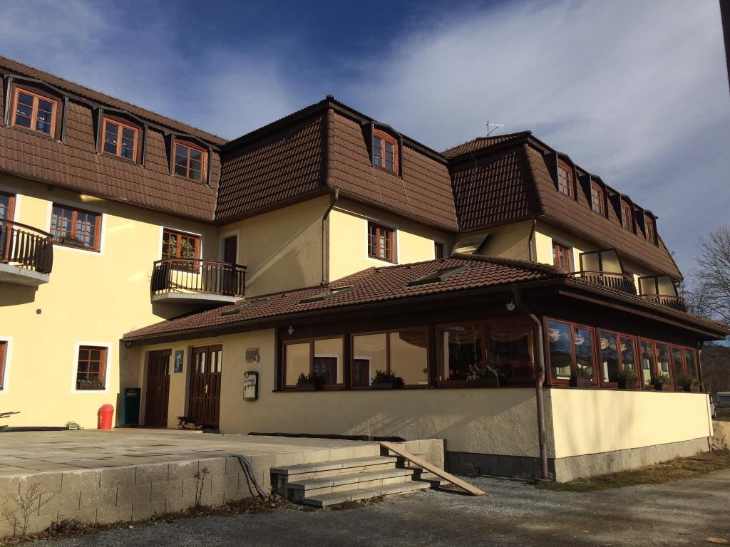 Hotel na Plazi