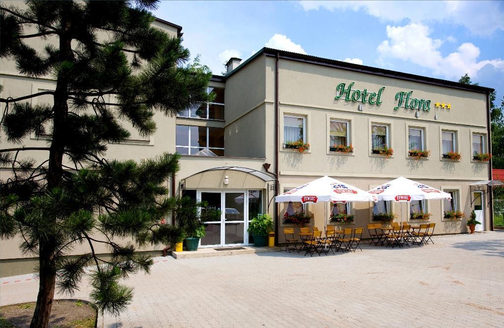 호텔 플로라
