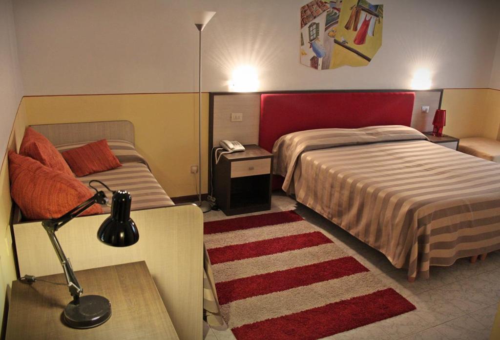 호텔 마젠타
