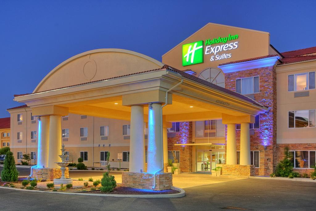 Holiday Inn Express Hotel & Suites Tucumcari