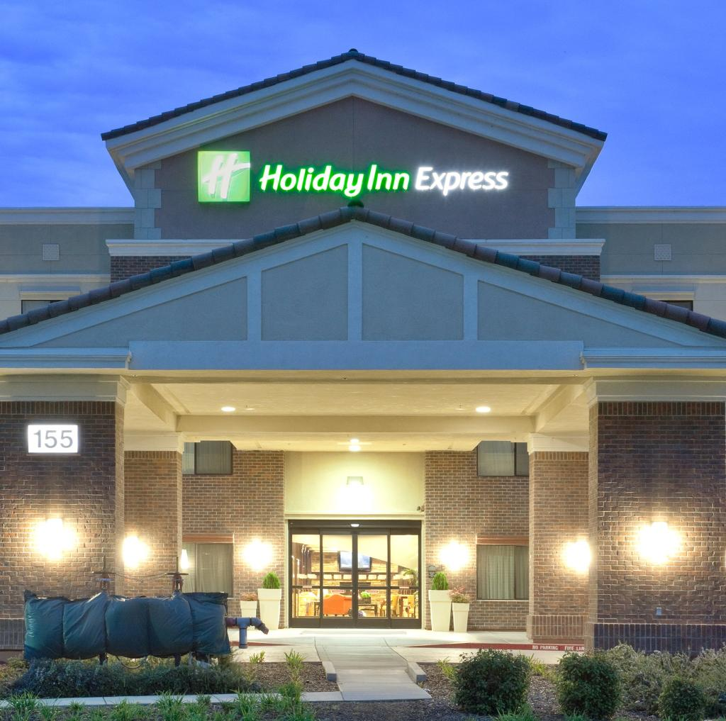 Holiday Inn Express Hotel & Suites Lincoln