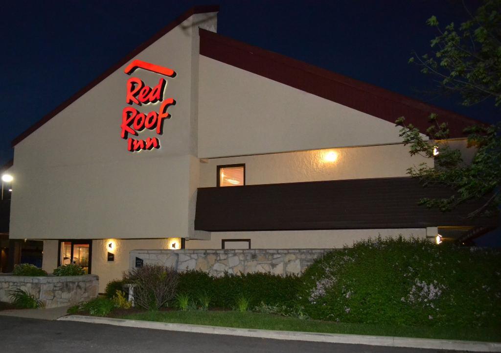Red Roof Inn - Merrillville