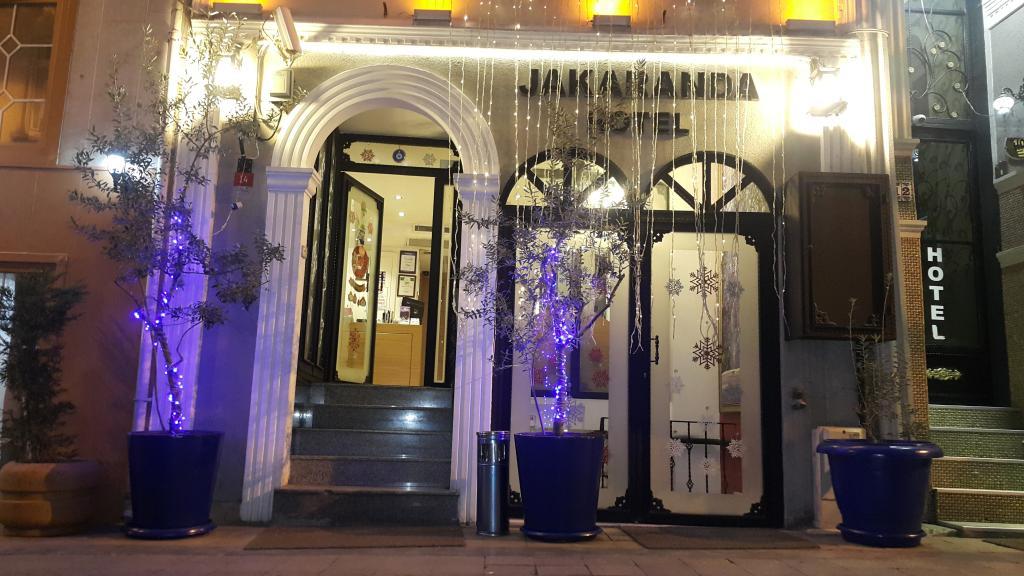 Jakaranda Hotel